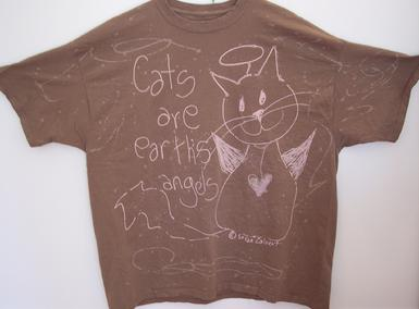 tan earth kitten cotton tshirt
