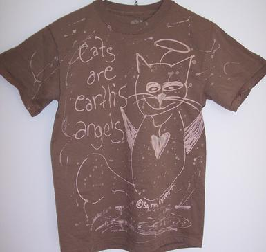 Taupe cat angel tshirt